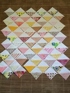 MissesStitches: Half-Square Triangle Baby Quilt