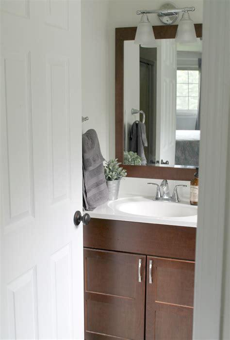 budget friendly small bathroom makeover