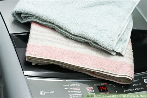 How To Turn Old Towels Into Bath Mats 4 Steps (with Pictures