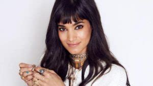 lead actress in the mummy 2017 sofia boutella starring in the mummy as the titular