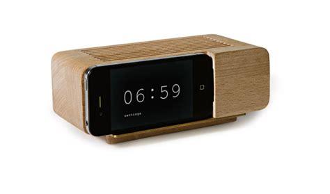 iphone alarm clock dock wooden retro iphone alarm dock