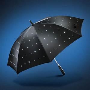 Regenschirm Mit Licht : led regenschirm sternenhimmel mit 3 jahren garantie ~ Kayakingforconservation.com Haus und Dekorationen