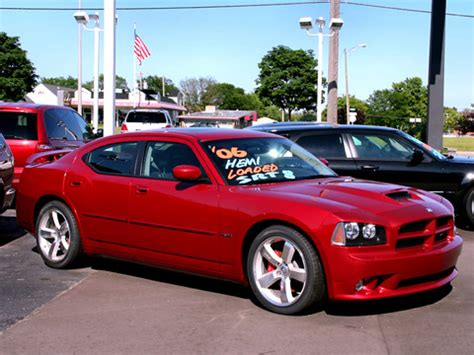 2006 Dodge Charger 6.1L HEMI SRT8 Inferno Red fvr