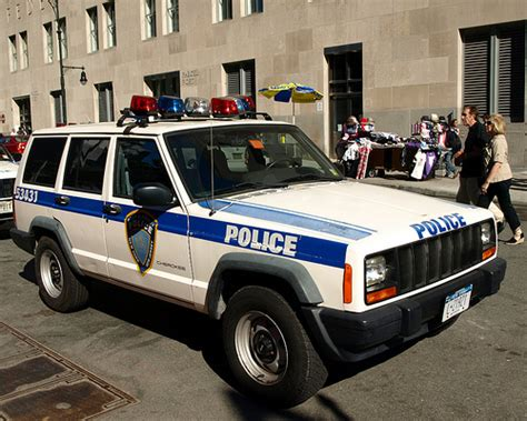 police jeep cherokee papd port authority jeep cherokee police car world trade