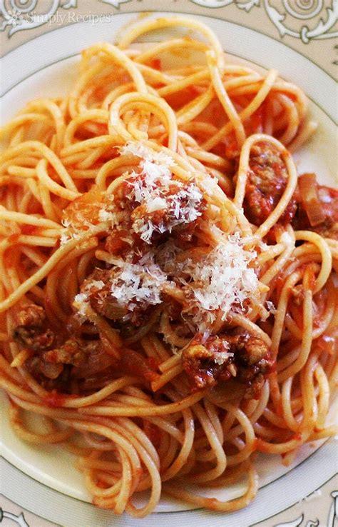 and easy italian pasta recipes easy italian sausage spaghetti recipe simplyrecipes com
