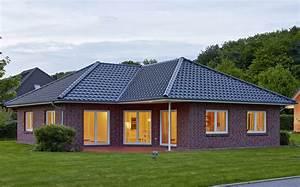 Bungalow Mit Garage Bauen : winkelbungalow 126 qm massiv bauen in hamburg stade ~ Lizthompson.info Haus und Dekorationen