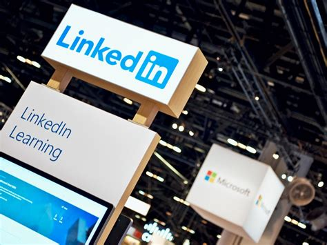chime in do you use linkedin more or less since microsoft