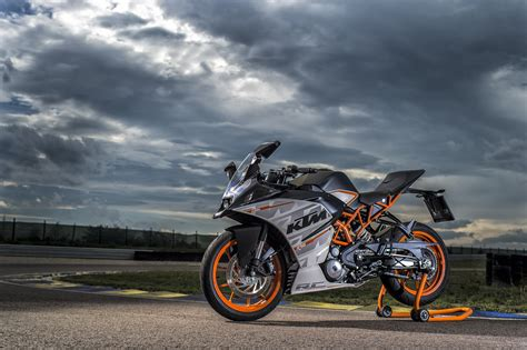 Ktm Duke 390 Backgrounds by Ktm Rc 390 Wallpapers 76 Background Pictures