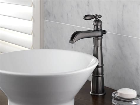where to buy kitchen faucet faucet com 754lf ss in brilliance stainless by delta