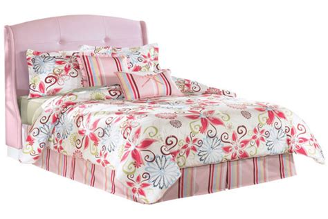 Upholstered Bed Pink by Alyn Pink Upholstered Bed