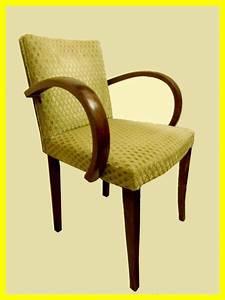 Fauteuil Bridge Neuf : 1000 id es sur le th me fauteuil bridge sur pinterest fauteuil voltaire fauteuils et ~ Teatrodelosmanantiales.com Idées de Décoration