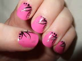 Gorgeous and simple nail art design for brides top pakistan