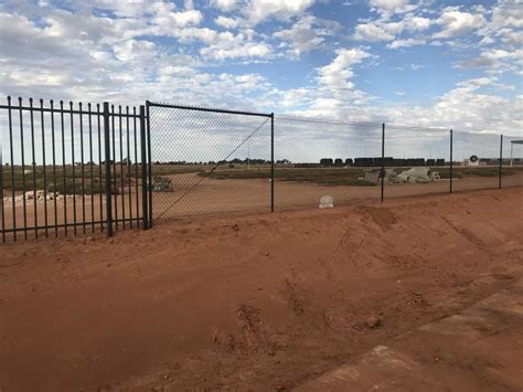 fencing contractor perth bunbury colorbond chain