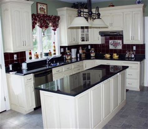 white cabinets black granite what color backsplash imagine with white granite on wall cabinets dark on