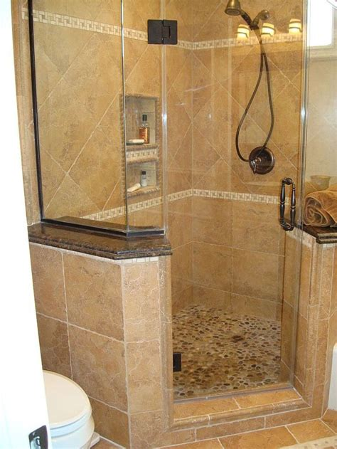 Shower Designs For Small Bathrooms by Best 25 Corner Showers Bathroom Ideas On