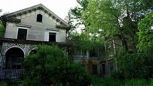 #108 Abandoned Victorian era Mansion with EVERYTHING LEFT ...