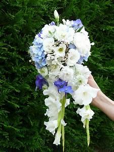 Bouquet Fleur Mariage : bouquet de mari e retombant bleu et blanc horensia ~ Premium-room.com Idées de Décoration