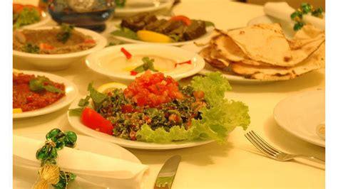 cuisine libanaise mezze la table libanaise in restaurant reviews menu and