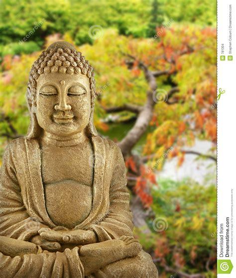buddha für garten buddha garten stockfoto bild nave shinto ruhe