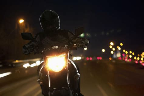Is Nighttime Motorcycle Riding Riskier?