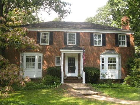 summit nj center hall colonial home  sale  jersey