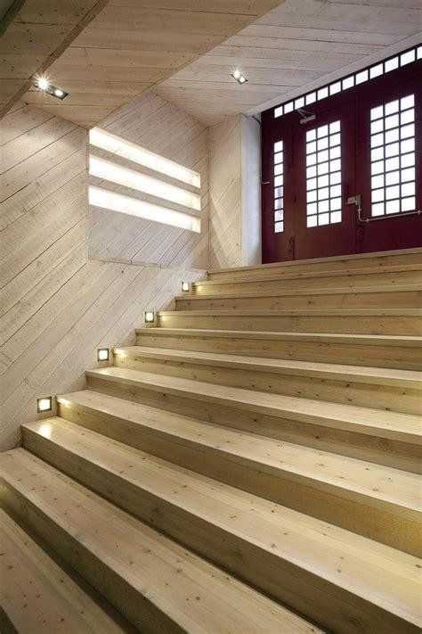 Loft Der Moderne Lebensstilmauerwerk Und Holz In Loft by Ger 228 Umige Und Helle Loft Wohnung Im Herzen Der Gro 223 Stadt
