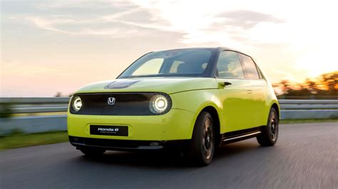 Honda e Hatchback (EV) With 200 Km Range To Debut In September