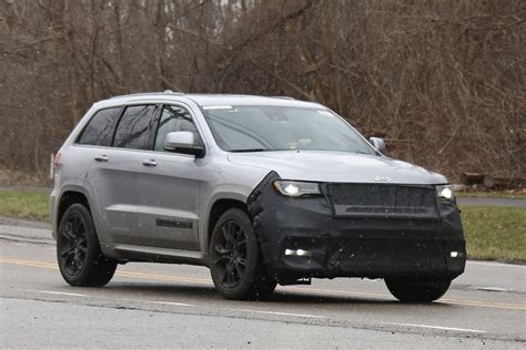 sport jeep grand cherokee jeep grand cherokee hellcat latest spy shots gtspirit