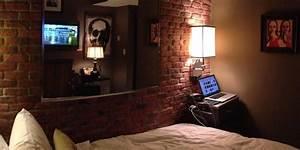 Reddit Investigates A Hotel U0026 39 S Super