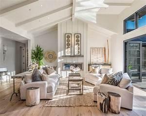 Farmhouse Living Room Design Ideas, Remodels & Photos Houzz