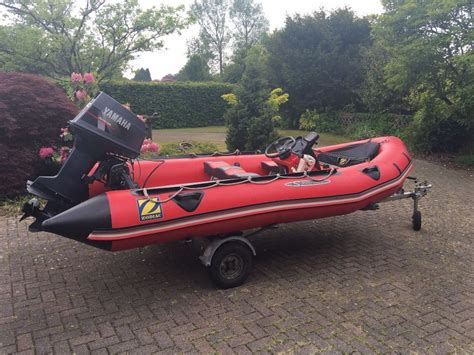 Zodiac Inflatable Boat Oars by Zodiac Futura S Inflatable Boat Dinghy 40hp Outboard Motor