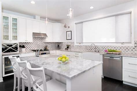 White Kitchen Cabinets With Super White Quartzite