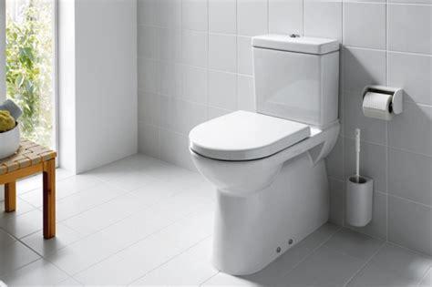 stand wc mit spülkasten abgang senkrecht shk barrierefrei