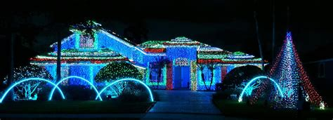 bright holiday light displays  central