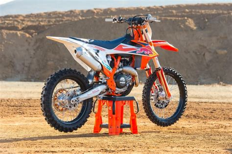 ktm  sx  factory edition cycle news