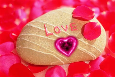 Love Photos Wallpaper Collection For Free Download