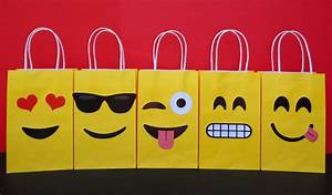 Instant Download Emoji Favor Bags Emoji by CreativePartyStudio