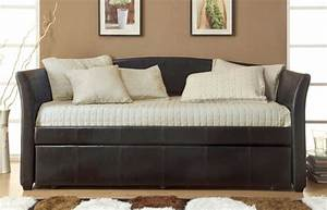 Plush and comfortable small sofa beds for small rooms for Small comfortable sofa bed