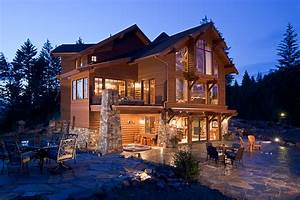 Outdoor Living Spaces for Mountain Homes – Mountain