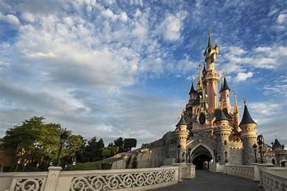 Disneyland Paris Castle Wallpapers Wallpapersafari Hospitality Billion