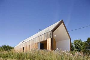 maison contemporaine en bois a nabirat 24 coco With maison en bois architecte