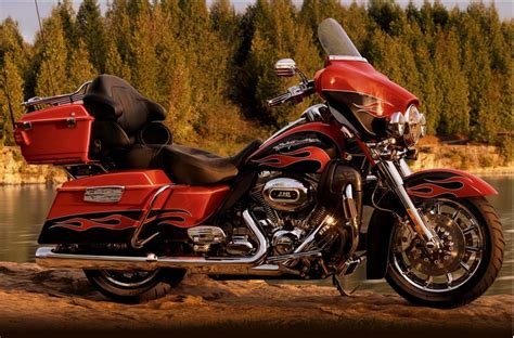 Harley Davidson Cvo Glide Picture by Harley Davidson Rides With Best Western S Biker Friendly