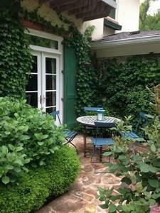terrasse sichtschutz efeu wand buchsbaum sitzecke garten ideen efeu wand garten ideen With terrasse sichtschutz wand