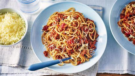 spaghetti bolognese kcal spaghetti bolognese with veggies recipe food