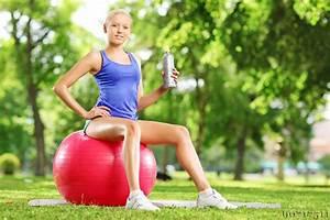 Richtig Sitzen Sofa : richtig sitzen auf gymnastikball experten tipps und tricks ~ Orissabook.com Haus und Dekorationen