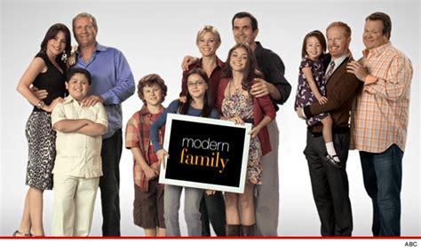 abc modern family ariel winter family drama tmz