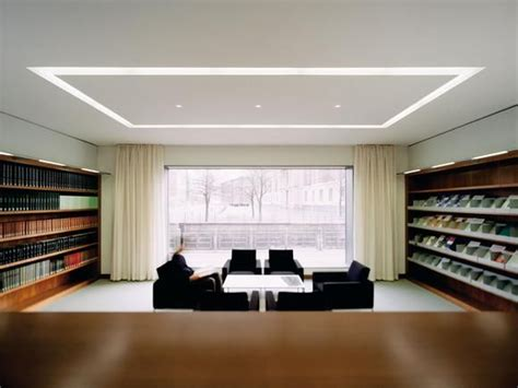 selux recessed linear lighting  lit corners  shadows led linear splendid lighting