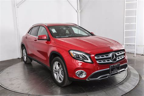 Not only does the gla250 4matic split torque front and rear, it also adds 1.2 inches more ground clearance, which mercedes' lists as 5.3 inches under max load. Pre-Owned 2020 Mercedes-Benz GLA GLA 250 SUV in Austin #ML60441 | Mercedes-Benz of Austin