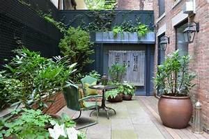 petit jardin avec coin de repos comment amenager un jardinet With marvelous amenagement d un petit jardin de ville 8 patio et petit jardin moderne des idees de design d