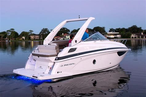 Regal Boats 28 Express Price by 2017 Regal 28 Express Power Boat For Sale Www Yachtworld